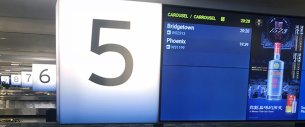 Digital airport wayfinding signage