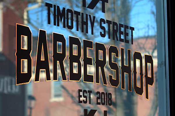 Gold window vinyl for barbershop